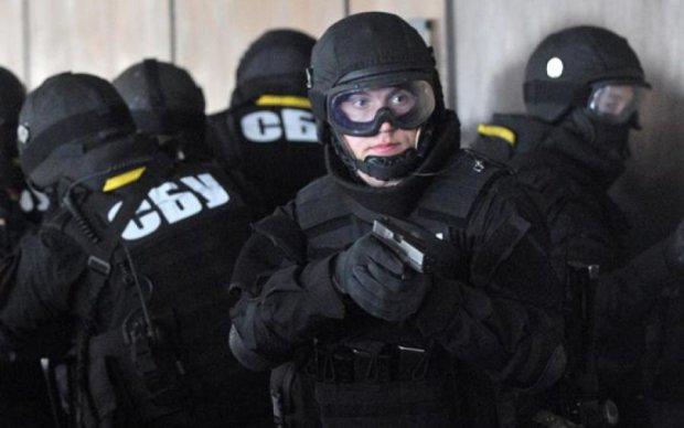 СБУ потрусила титушек московской церкви. Улов поражает