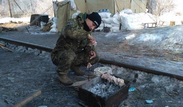 Блокада Донбасу: активісти перекрили нову ділянку залізниці