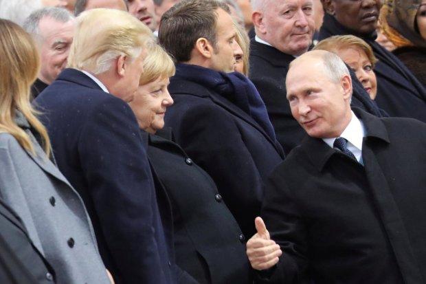 """До """"главного"""" не дошло: между Трампом и Порошенко кое-что произошло, Путина чуть не разорвало от радости"""
