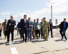 президент України вперше за 5 років відвідав адмінкордон з Кримом