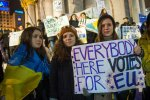 """Студенти вийшли на Майдан проти президента, тисяча людей ночувала на холодному граніті: """"Почалася Революція Гідності"""""""