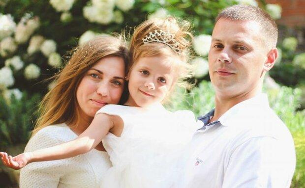 Молодий львів'янин п'ять років бореться із раком мозку, родина благає врятувати люблячого татуся