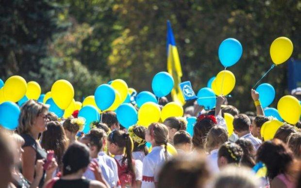 Поздравления с Днем Независимости Украины: в стихах, прозе и открытках
