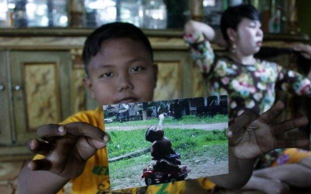 Дитина-курець, що шокувала увесь світ: як змінився малюк за 8 років
