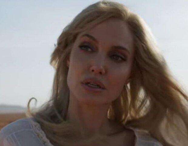 """Зневірена Анджеліна Джолі змінила зовнішність і схопилася за меч: """"Ви що, сліпі?"""""""