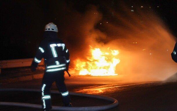 у Києві спалахнув автомобіль, фото Getty Images
