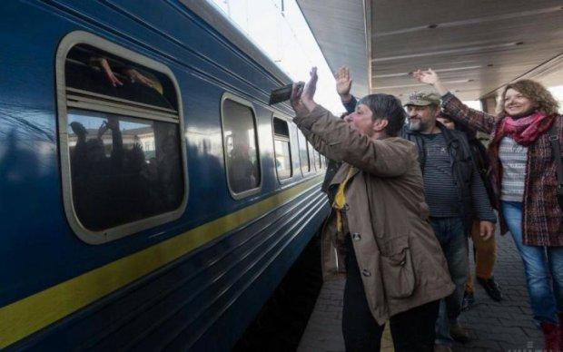 В страну-соседку запустят новый поезд: в Укрзализныце рассказали о нововведениях