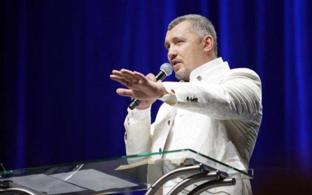 Пастор Мунтян провів лідерську конференцію у Латвії
