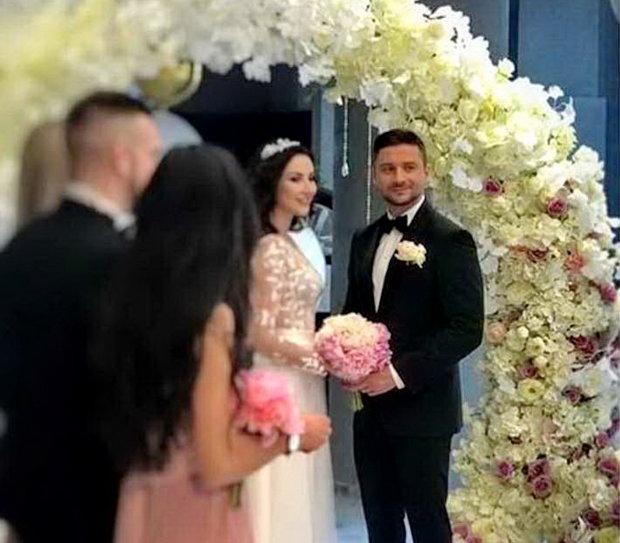 Фото со свадьбы Сергея Лазарева слили в сеть: прощай, Лорак?