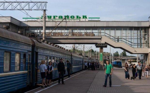 """В сети показали """"освобожденный"""" боевиками луганский вокзал"""