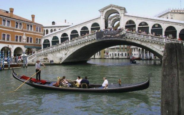 Перехваченные телефонные разговоры помогли разоблачить террористов в Венеции