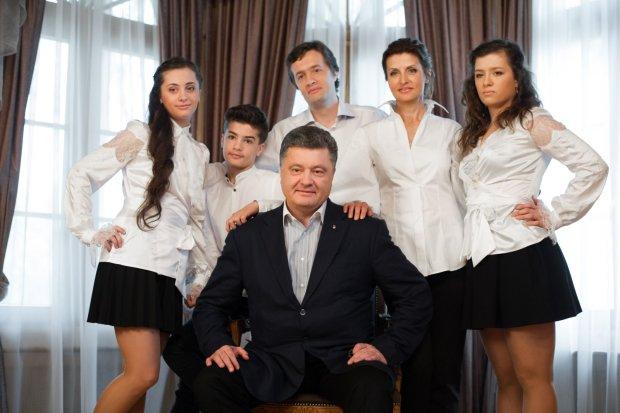Порошенко отпразднует Новый год по-особенному: украинцам показали фото