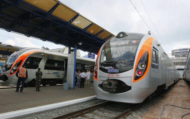 Нові ціни на поїзди Укрзалізниці: або відкладайте вже сьогодні, або сидіть вдома