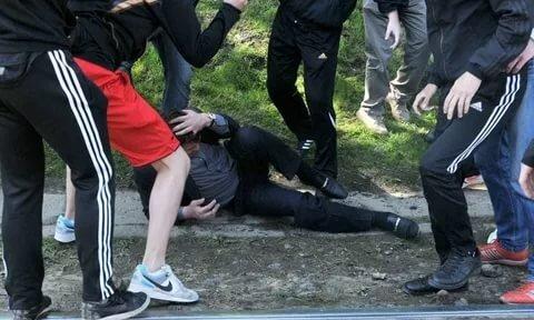 Зверски издевались и снимали на камеру: в Киеве банда малолеток расправилась с мужчиной