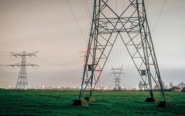 Енергетичний колапс в Криму: як окупанти гроші пиляли