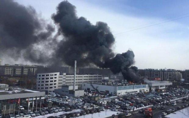 Жители Николаева встретили новый день взрывом