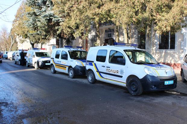 """Фермера-іноземця атакувала банда під Львовом: переплюнули """"колег"""" з лихих 90-их, - подробиці з присмаком пороху"""