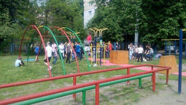 Целовал малышку в губы: в Харькове поймали опасного преступника, охотился на детей