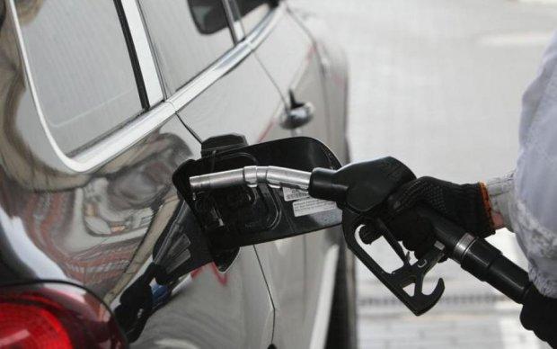 Proton Energy продає за контрактами автогаз в Україні вдвічі дешевше,  ніж він коштує на оптовому ринку