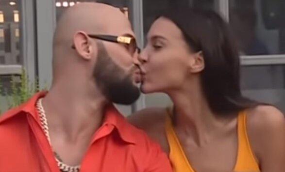 Джиган і Самойлова, скрін з відео