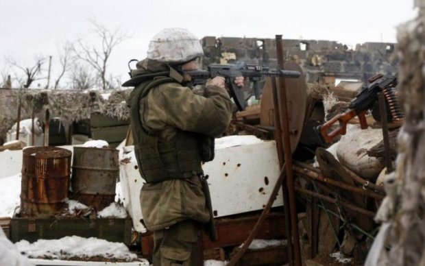 Головне за ніч: криваве побоїще в Києві та загадкове зникнення воїна