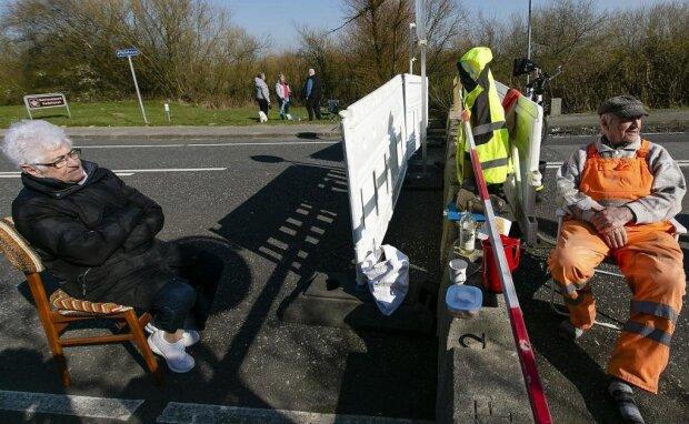 Свидание на границе Дании и Германии, фото: Spiegel Online