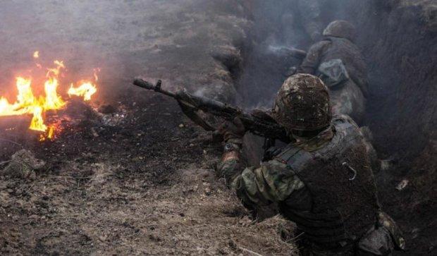 Бойовики посилили обстріли з забороненої зброї: ЗСУ зазнають втрат