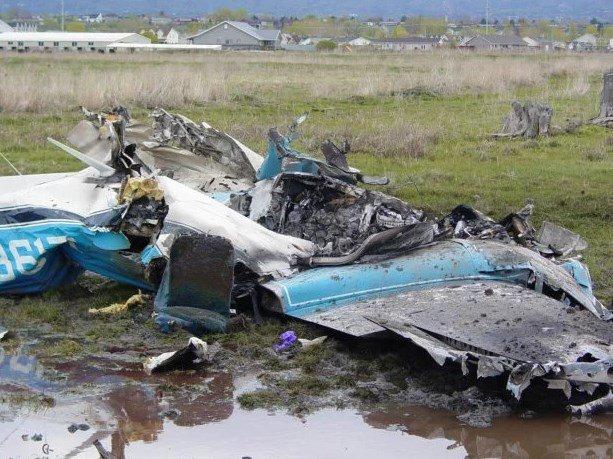 Молитвы и крики о помощи: появилось жуткое видео с борта падающего Boeing 737