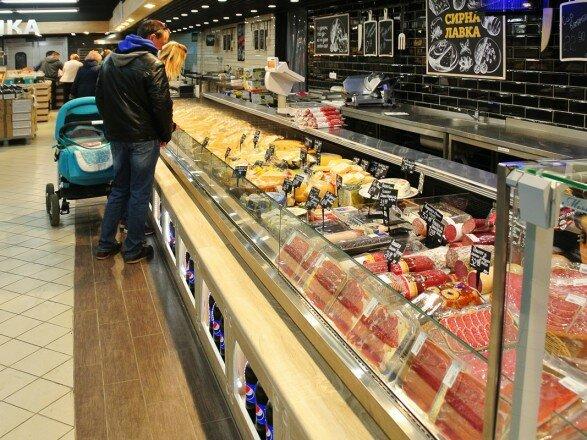 Чому гривня міцнішає, а продукти дорожчають? Економісти розклали все по поличках