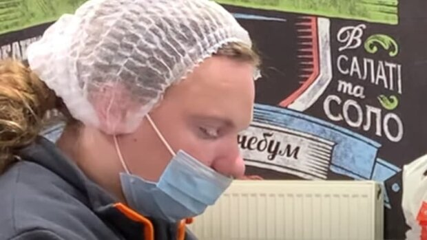 """Что будет, если не натягивать маску на нос - """"ворота"""" открыты и вирус проходит"""