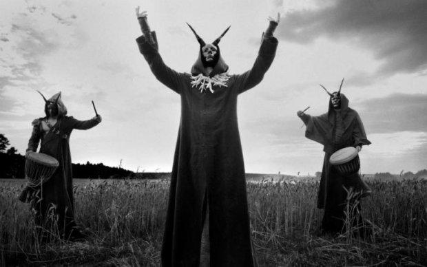 Романтика: влюбленные сатанисты отметили Новый год суицидом