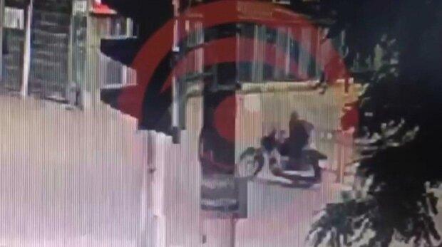У Дніпрі хам на колесах зніс жінку і дав по газам - летів як сатана