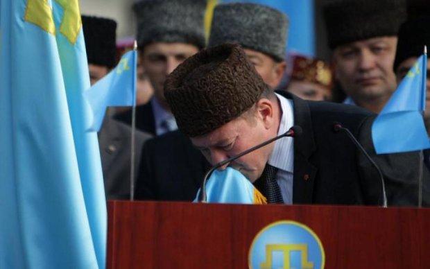 Порошенко привітав звільнених Чийгоза та Умерова. І пообіцяв повернути Крим