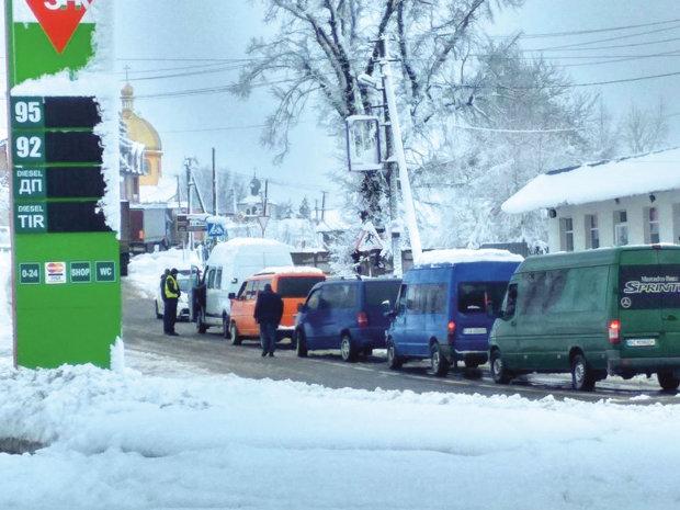 Украинцам закрыли путь в Польшу: даже не приближаться к границе