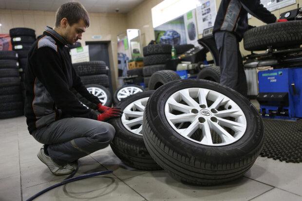 Днепряне, время переобуться: водителям озвучили дедлайн по зимней резине