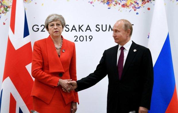 «Циничная ложь!»: Уходящая Тереза Мэй попробовала отстоять либералов перед Путиным