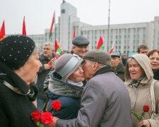 День Октябрьской революции в Республике Беларусь, TUT.by