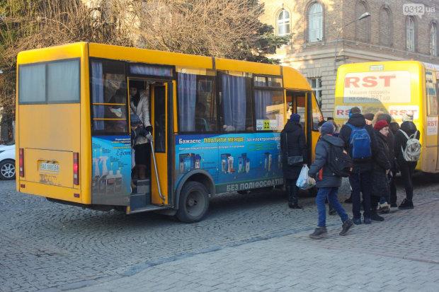 Украинцам пообещали новый транспорт в 2019: кому повезет