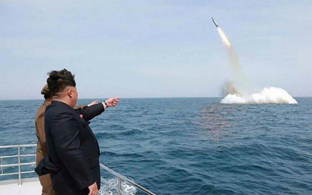 Шалений Кім: з'явилися кадри нової провокації КНДР