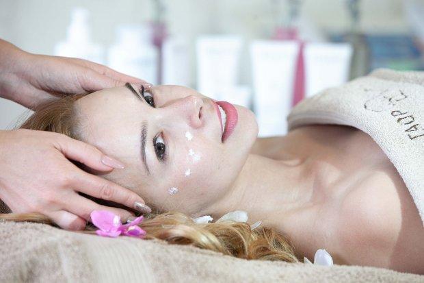 Как быстро восстановить здоровье кожи после новогодних праздников: идеальная детокс-программа