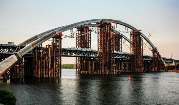 КГГА профинансирует реконструкцию моста на Троещину
