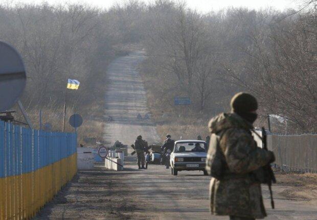 Разведение сил на Донбассе: Нацгвардия патрулирует Золотое в усиленном режиме, подробности из штаба ООС