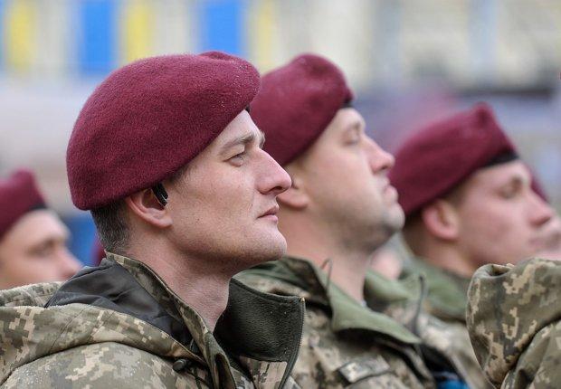 На Львовщине стартовали учения украинских и американских десантников: эффектное видео