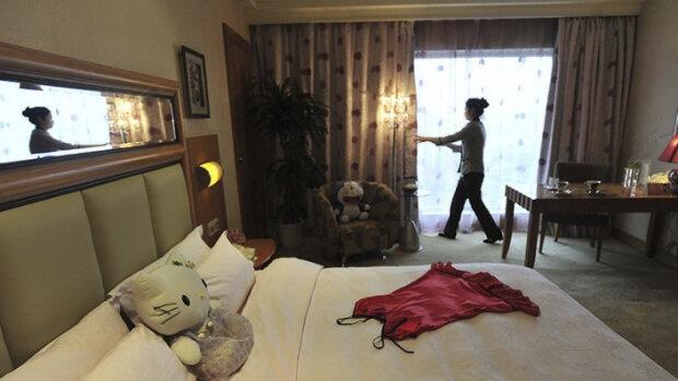 Готель за долар: як життя постояльців перетворюють на реаліті-шоу