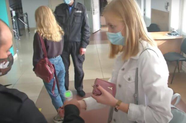 Студентки, кадр из видео