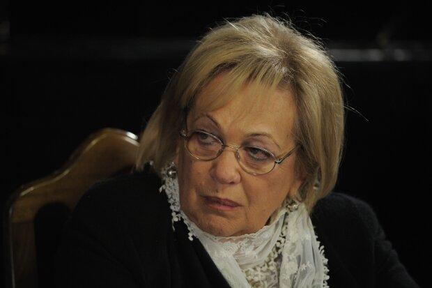 Галина Волчек, Википедия