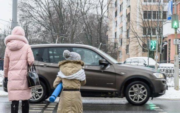 Осторожно, мошенники: киевским водителям устроили настоящий террор