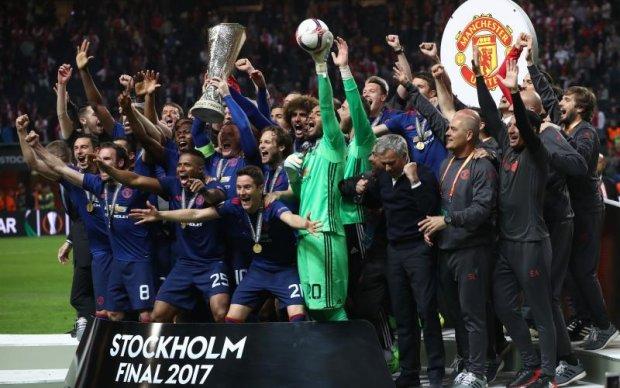 Манчестер, посміхнися: реакція соцмереж на фінал Ліги Європи