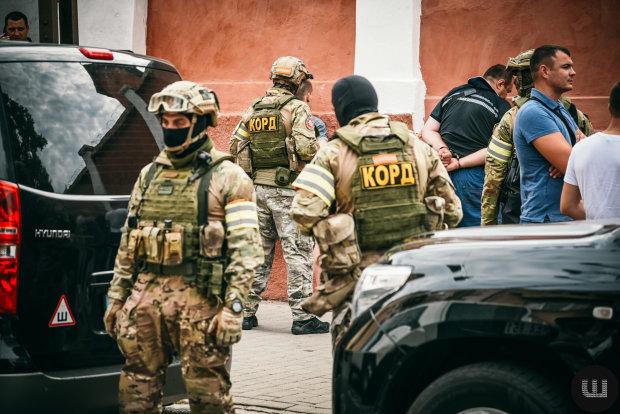 Под Киевом схватили грабителей, напавших на инкассаторскую машину