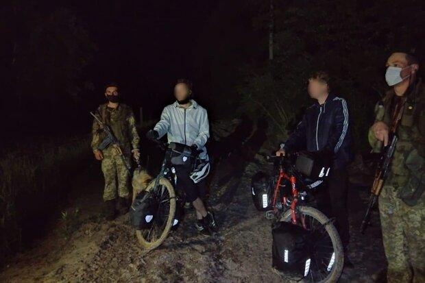 Пограничники задержали велосипедистов из Германии: dpsu.gov.ua